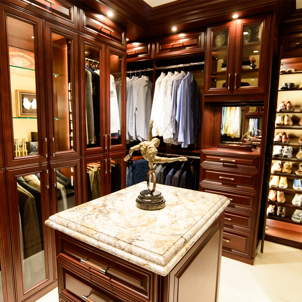 custom closets, athletic closet, quality closet
