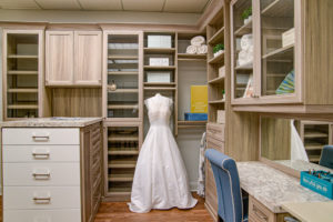 custom closet, walk-in closet, custom shelving